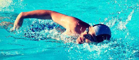 pratiquer la natation